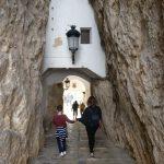 Acceso casco histórico Guadalest